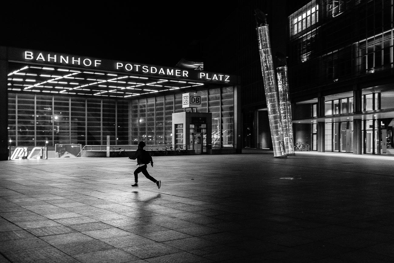 flaneuer Street Photography Berlin Martin U Waltz