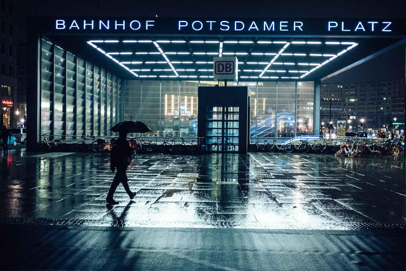 Berlin potsdamer platz street photography Martin U Waltz