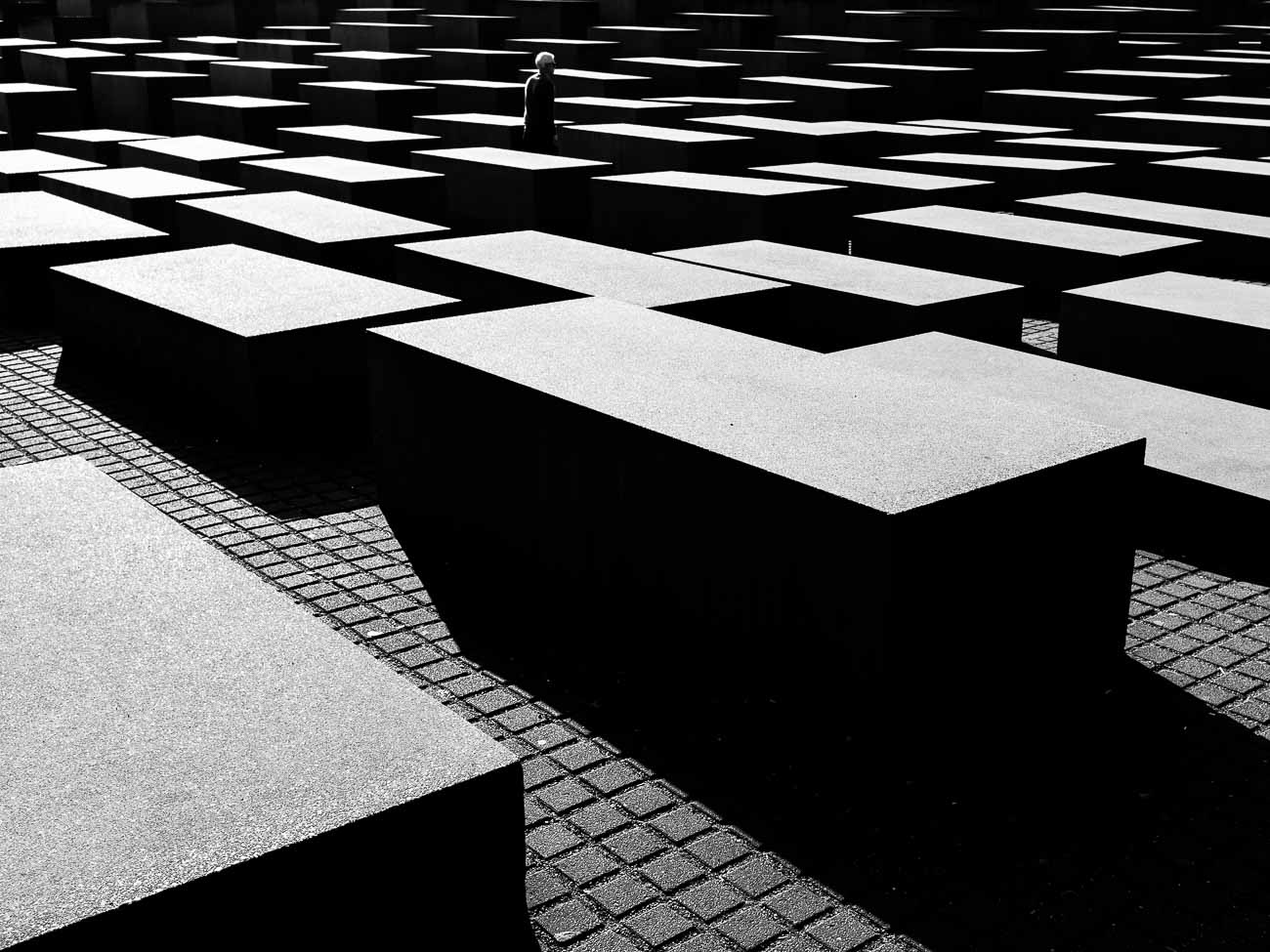holocaust memorial berlin Martin U Waltz street photography